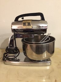 black and gray KitchenAid stand mixer Bakersfield, 93301