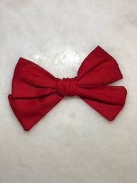 Hand-tied hair bows  Cypress, 77433