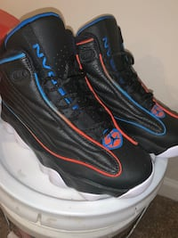 black-and-blue Nike basketball shoes Fort Washington, 20744