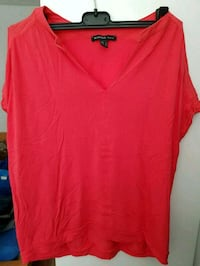 Frauen rotes V-Neck Top Frankfurt am Main, 65936