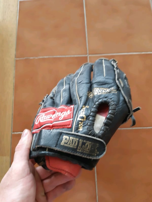 Rawlings (left hand) leather glove 2