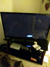 55 inch 3-D Samsung tv...with glasses and remote