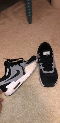 pair of black-and-white Nike Air Max Fairfax, 22031