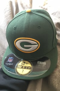 Selling Green Bay Packers fitted hat from new era Toronto, M9V