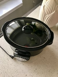 Crock pot original slow cooker Oakville, L6H 0R1