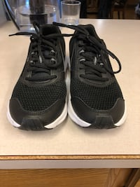 New Puma Runners. Ladies size 10 or Men's size 8 Calgary, T2X