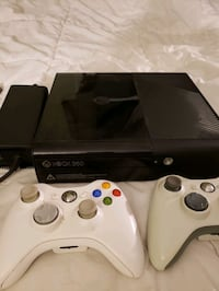 Xbox 360 with 3 controllers, 21 games