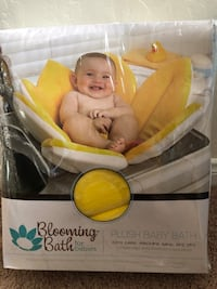 New Blooming Bath Plush Baby Bath Yellow Flower Bakersfield, 93314
