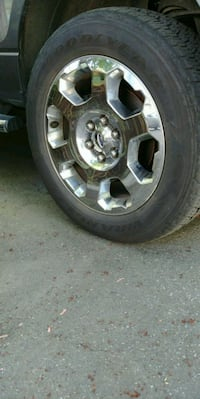 F 150 chrome wheels with tires Port Coquitlam, V3C
