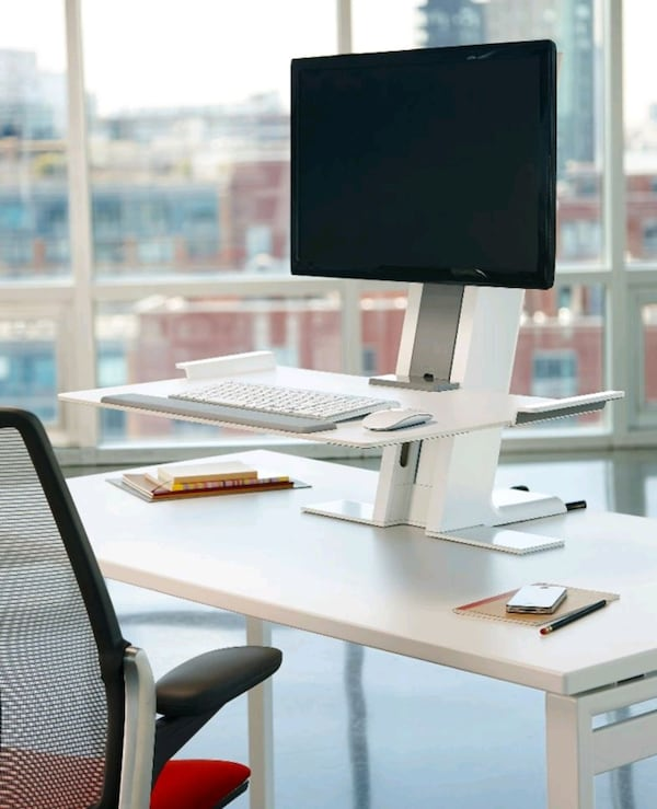 STANDING DESK WITH MONITOR MOUNT. 9a8c6d97-09aa-41af-a4a5-3e0f8d49549d