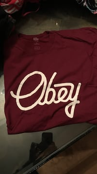 red Obey crew-neck t-shirt Cincinnati, 45231