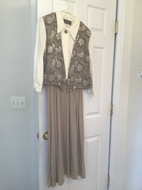 women's white and brown long sleeve dress Dumfries, 22025