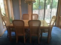 Solid Oak Dining Table and Chairs Camp Hill, 17011