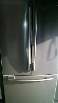 Stainless steal refrigerator like new Kissimmee