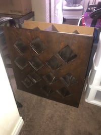 Small wine rack wooden stand Las Vegas, 89103