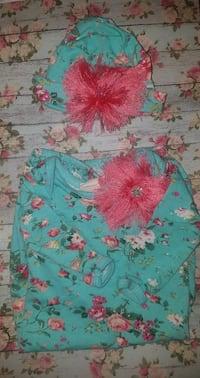 baby's teal and pink floral knit cap and sweater Woodbine, 40701