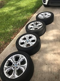 BMW e70 19in wheels with runflat tires (25% tread life left) Tampa, 33605