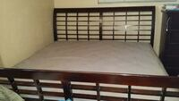 King bed cherry wood with mattress Indio, 92201