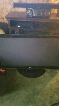 LG flat screen television Central City, 15926
