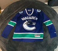 vancouver jersey size small.