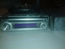 Kenwood car stereo w/remote
