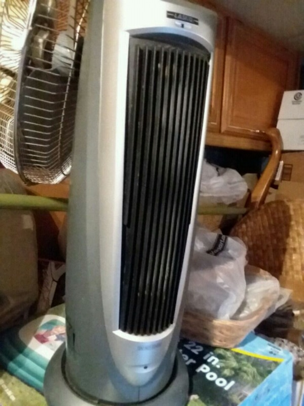black and gray tower fan