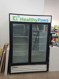 black healthypaws commercial refrigerator Whitby, L1M 2C8