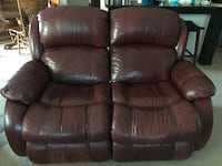 brown leather 2-seat recliner Manteca, 95337