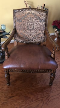 Brown leather padded brown wooden armchair Bowie, 20721