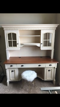 white and brown wooden desk with hutch San Antonio, 78254