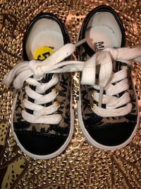 Children's Michael Kors shoes size 5 Lompoc, 93437