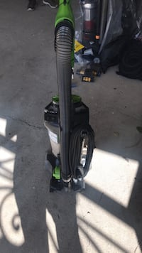 black and green upright vacuum cleaner Vista, 92083