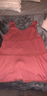 Boutique style tank top. Meium/Large. Never worn Fayetteville, 72701