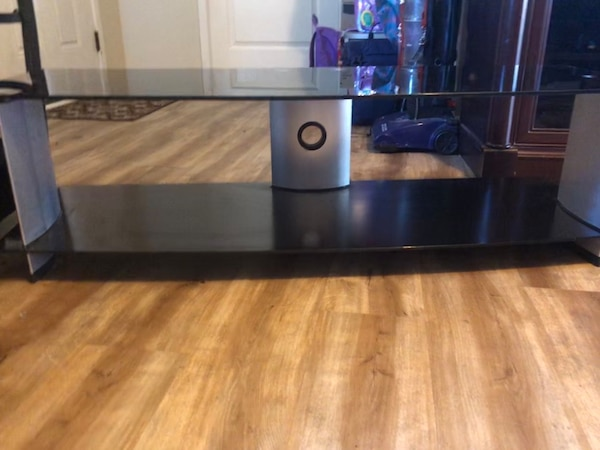 Glass TV stand $25 or OBO 54334cfe-4fe5-4a2a-9a20-3238a837e345