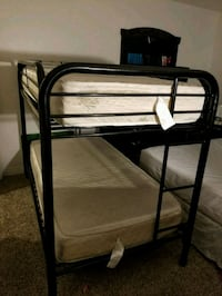 Bunk bed $100 firm  Las Vegas, 89121