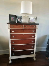 Antique chest of drawers  Southaven, 38671
