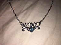 """Silver chain necklace """"xoxo"""" with blue designed heart 1953 km"""