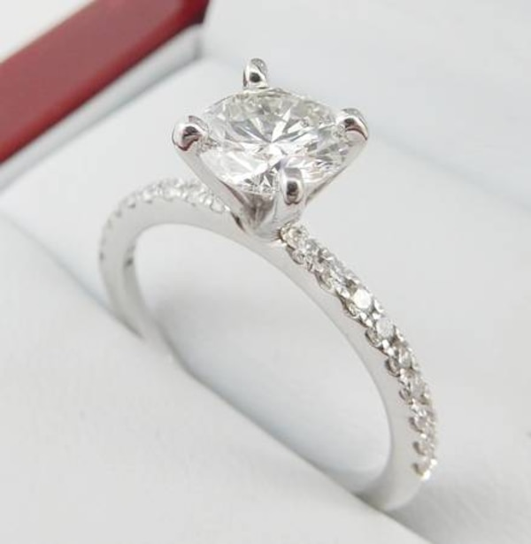1.02ct Diamond set in 14K White Gold Engagement Ring 8025b09a-bce5-435b-8d6d-1bd6c93a6f1a