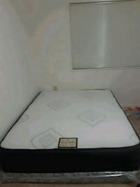 white and gray bed mattress Annandale, 22003
