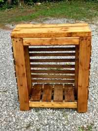 Hand made Entryway table Oliver Springs, 37840