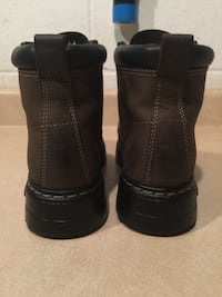 Men's Size 9 Roots Tuff Genuine Leather Boots London