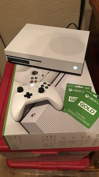 Xbox one S w/ COD AND 6 months Xbox love