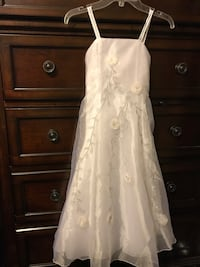 Girls White Dress Size 6 Silver Spring, 20910