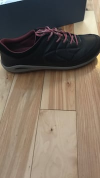 Black-and-pink Ecco biom grip lite shoes size 10 brand new worn once in mall Ottawa, K1G