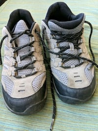 Hiking shoes MERRELL size 9
