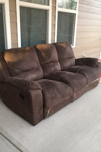 3 seater Recliner Couch negotiable!!!.