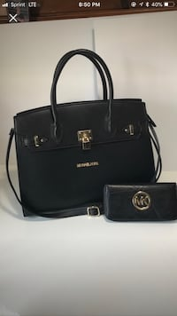 Black leather Michael Kors satchel bag with Wallet never used Bethlehem, 18017