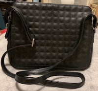 Women's Crossbody Bag Toronto, M5T 3B9