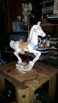 white and brown horse figurine Southport, 32409