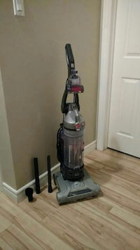 Hoover Wind Tunnel Vacuum